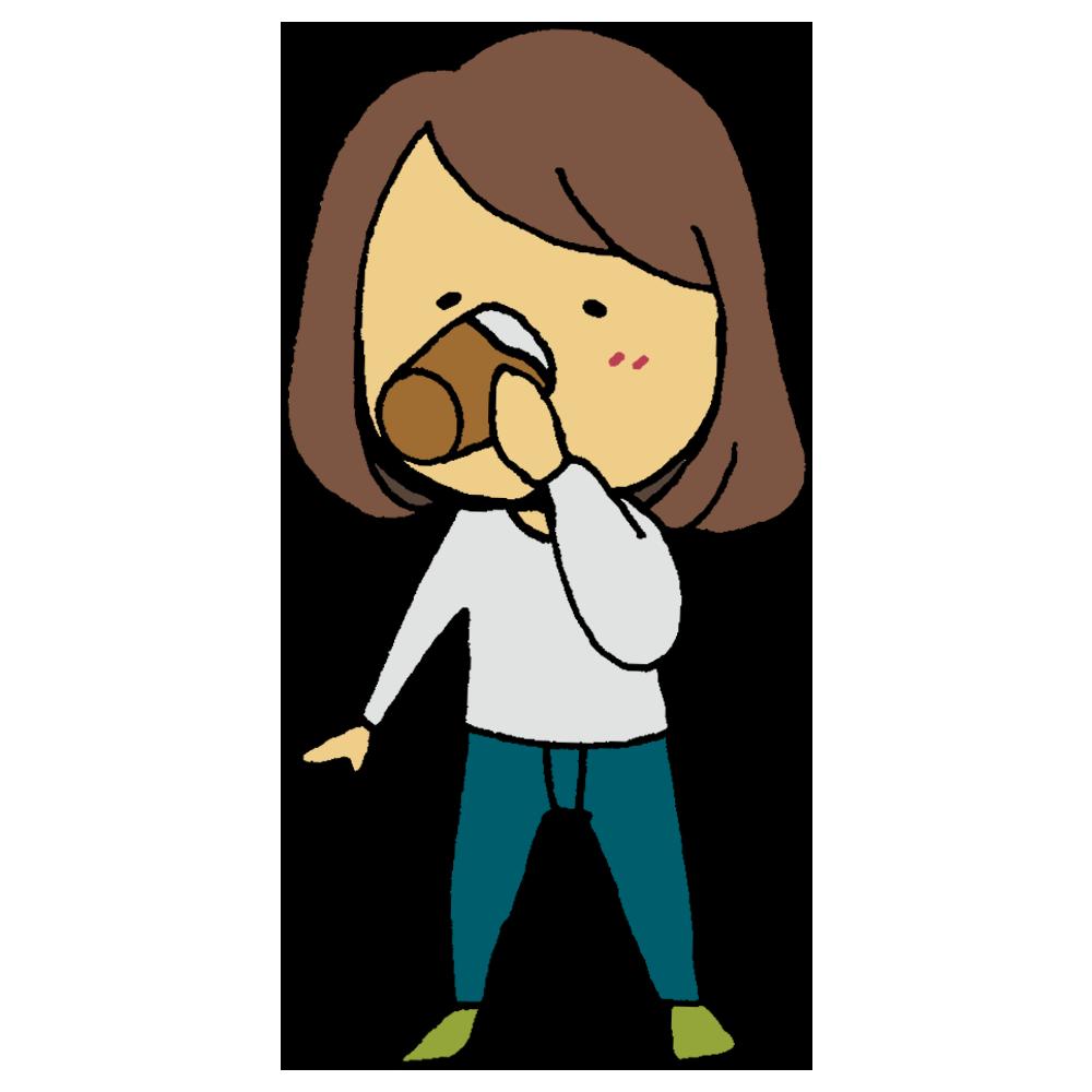 酵素ドリンクを飲む女性のフリーイラスト